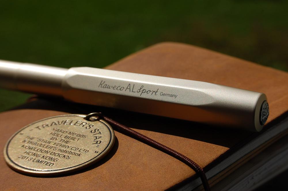 Midori Traveler's Notebook & Kaweco AL Sport - champagner