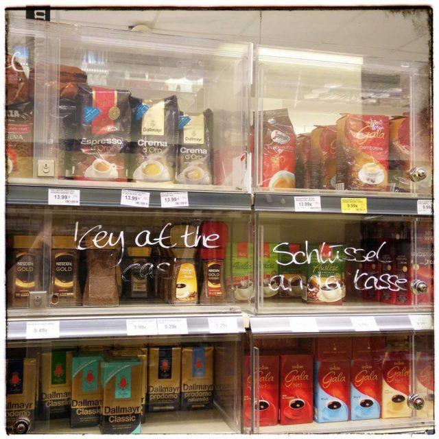 Kaffee wegschlieen Freiheit fr den Tee! berlinbeinacht